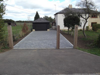 Stone - Finished Tumbled Block Pave Drive
